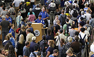 Congress Unanimously Votes to Solve TSA Security Line Delays